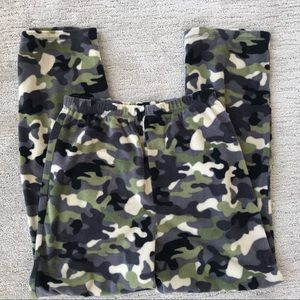 Camo Fleece Pajama Bottom Kids Size 14/16